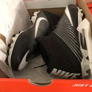 Nike Football Cleats *BRAND NEW IN BOX*